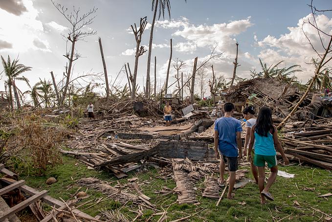 필리핀에서는 1990년 이전 20년에 비해 그 후 20년 동안 연간 자연재해 발생 건수가 거의 두 배(200건에서 400건)로 증가했다.