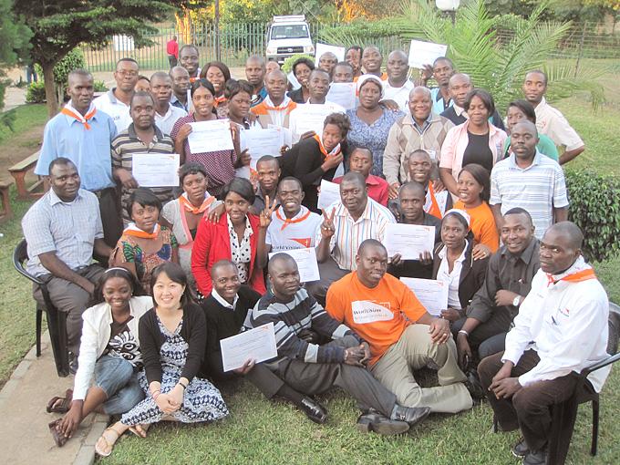 지난 4월, 잠비아 7개 지역에서 지역주민, 후원아동들과 함께하는 후원아동담당자들이 한 자리에 모였습니다.