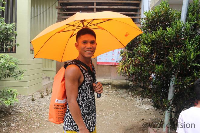 """""""다시는 무방비 상태로 끔찍한 태풍을 상대하고 싶지 않습니다. 이젠 만반의 준비가 돼있어요.""""(사진출처:월드비전)"""