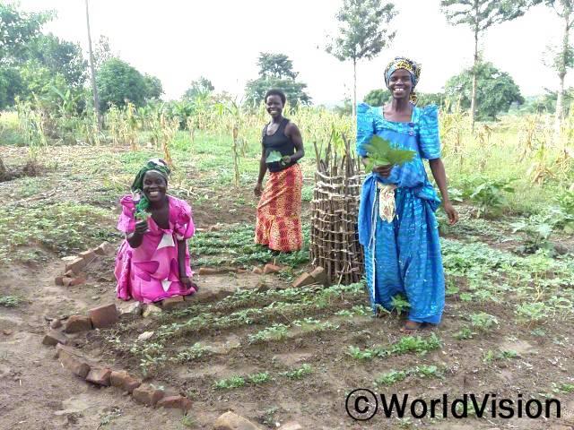 농사를 통해 건강도 지키고 경제적인 문제도 해결합니다.년 사진