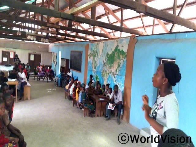 마을 아이들은 아동모임에 참여해 아동보호 교육을 받았습니다. 덕분에 아이들이 보다 안전한 환경에서 자라고 있습니다.년 사진