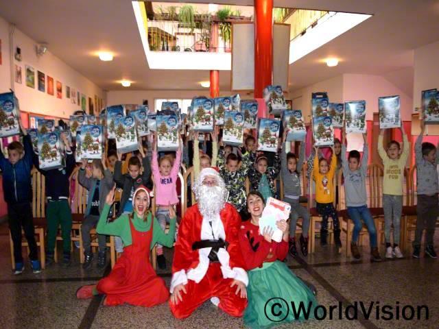 아이들이 올해 착한 일을 정말 많이 했어요. 크리스마스 행사는 아이들이 가장 좋아하는 행사 중 하나랍니다.