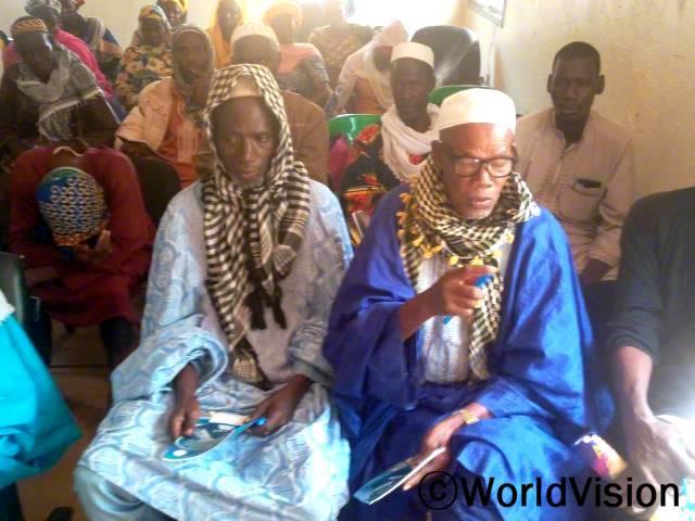 종교 지도자들이 아동의 권리와 보호를 위해 투쟁에 참여했습니다.년 사진