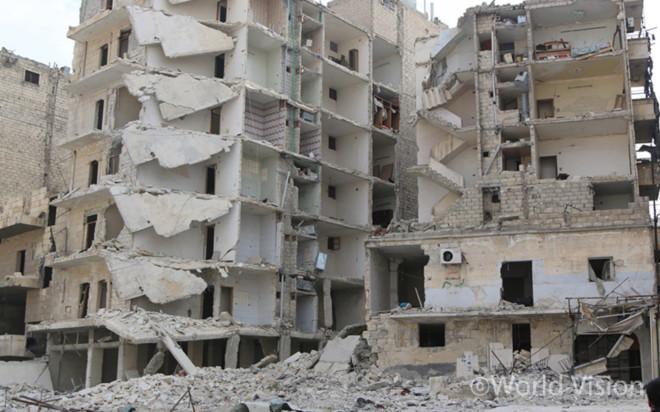 전쟁이 끝난 당일 알레포 시 광경(출처: 월드비전)