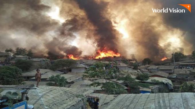 방글라데시 콕스바자르 로힝야에서 화제가 나고 있는 모습